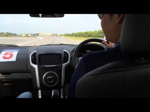 รีวิวทดลองขับอีซูซุเกียร์ออโต้รุ่นใหม่!D-MAX 1.9 Ddi Bluepower A/T 2016