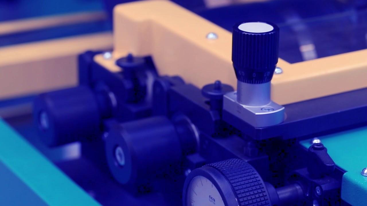 CYGNET Texkimp Slitter-Spooler机器碳纤维预浸料柱带有聚膜插入插入