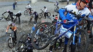 自転車で野山を駆け巡る「シクロクロス」の大会が12月22日、内子町...
