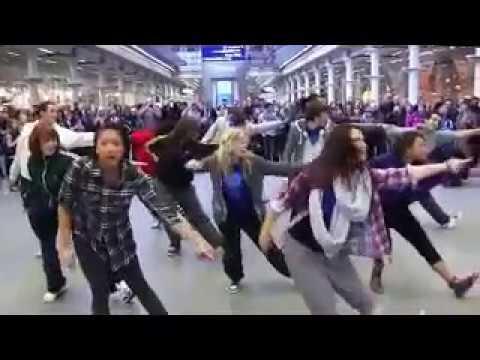 People dancing on Doctor Orders