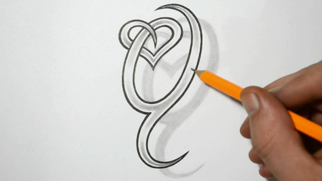 letter q and heart combined tattoo design ideas for