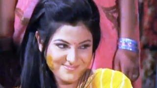SUBSCRIBE T-Series channel Hamaar Bhojpuri for unlimited entertainment http://www.youtube.com/hamaarbhojpuri Facebook: ...