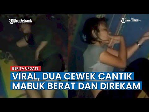 Viral! Dua Cewek Seksi Ini Mabuk Berat Sambil Direkam