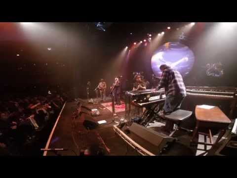 """Leftover Salmon Celebrates 25 Years - NYE in Chicago, IL + """"Cajun Girl"""" & """"Let's Give a Party"""""""