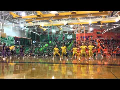 Edmonds Woodway High School Homecoming Dance Performance 2015