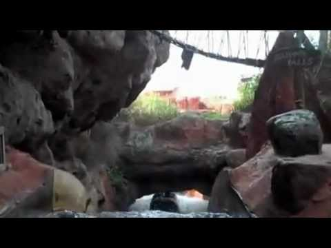 SPLASH MOUNTAIN P.O.V. FRONT SEAT (WALT DISNEY WORLD FLORIDA)