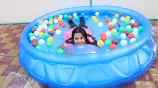 شفا تسبح مع البالونةالعملاقة !! For Kid Swimming Pool Colored ball