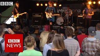 UK band Viola Beach 'killed in Sweden' - BBC News