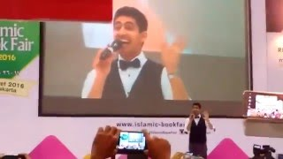Humood AlKhudher - Edhak (Smile) (Indonesian Nasheed Awards & Islamic Book Fair 2016 Istora Senayan)