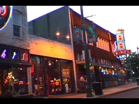 BOPPIN' IN MEMPHIS - Downtown & Beale Street