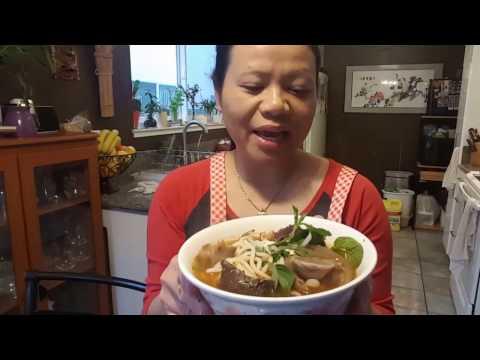 BUN BO HUE *Vietnamese noodle soup*