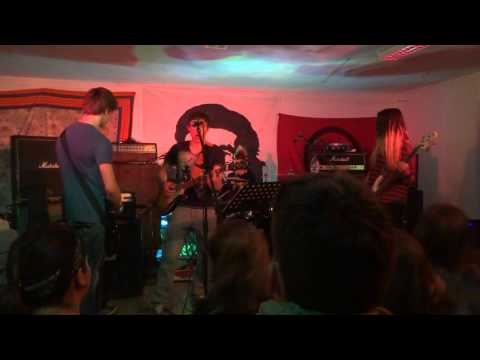 Soirée Rock à Chaumussay le 6 avril 2013  Rédemption, jeune groupe punk reggea de Chaumussay