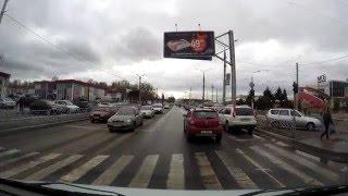 Проезд регулируемых перекрестков.  Правый поворот  на красный свет.