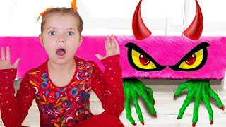 Monster under my bed pretend play with Nicole