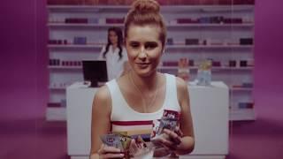 Campanha Fini - atriz Alana Bortolini