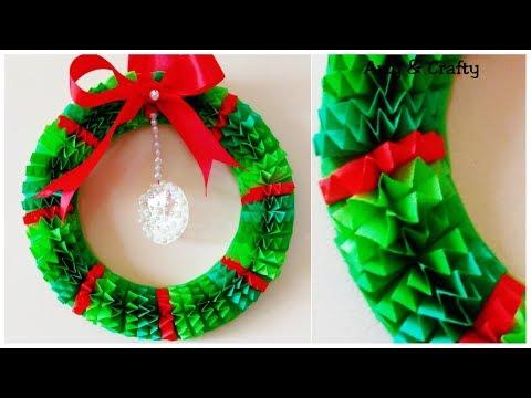 diy-christmas-wreath-/how-to-make-paper-wreath-/christmas-decorations-/paper-decoration