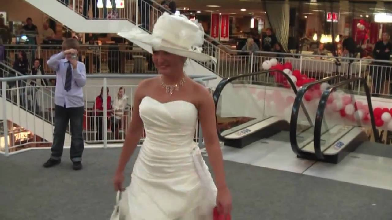 Brautmodenschau in Hafurt Trends 2011 prsentiert von