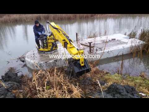 Floating mini excavator / Swamp backhoe