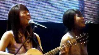 Gambar cover Jayesslee @chckl (Dare you to move)