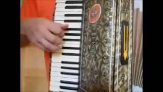 Уроки игры на аккордеоне с Ананта Нитаем часть 4