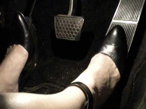 Would women wearing pantyhose drivingg semi trucks