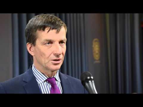 Ardo Hansson: Eesti majandus on teelahkmel
