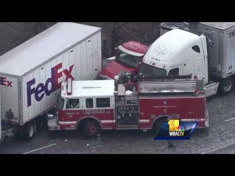 SkyTeam 11 video shows ice storm pileup on I-95