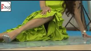 Video Hot Actress shows ASSETS during Photoshoot! download MP3, 3GP, MP4, WEBM, AVI, FLV Maret 2018