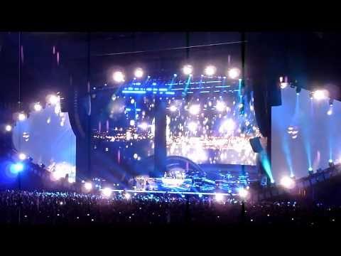 Eminem - Stan - Live at Yankee Stadium 9/13/10