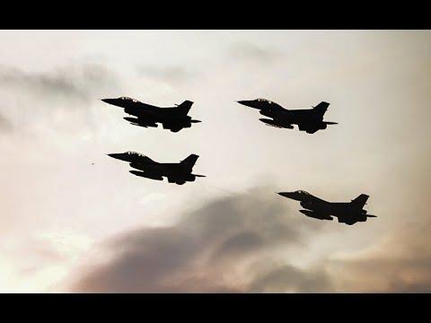 В США перекрасили истребитель Ф-16 под Су-57. ИноТВИТ, Россия.