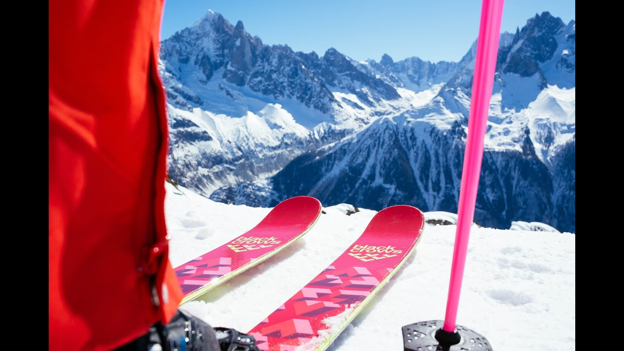 Black Crows Skis I Captis Birdie Skis 2017 I Womens All Terrain Double  Rocker Skis 16f38d775