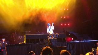 Guns N Roses Singapore 2017 Live - Slash Solo + sweet child o mine