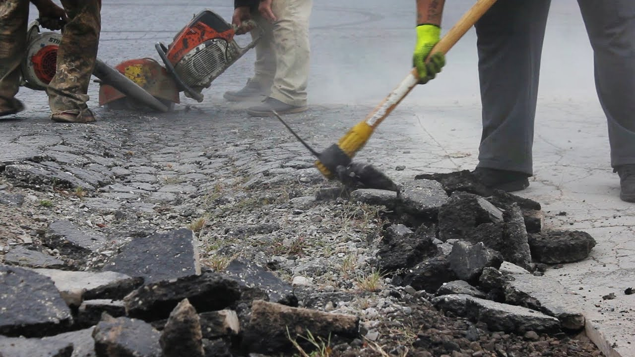 how to lay asphalt patch
