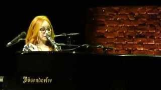 Tori Amos - Wild Way (Prague 11/06/2014)