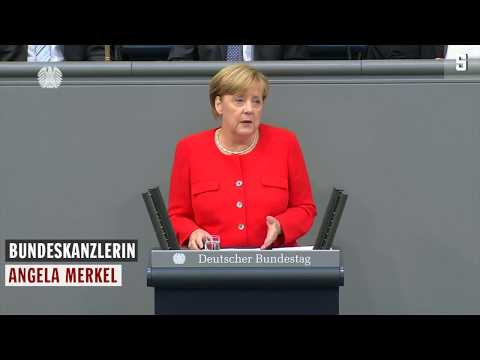 Bundestagsdebatte: Merkel sorgt für Lacher - unfreiwillig
