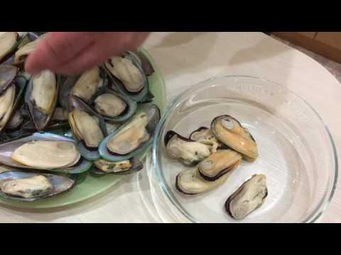 Фунчоза с мидиями и креветками