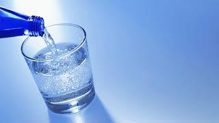 видео Какую воду надо пить сырую или кипяченую