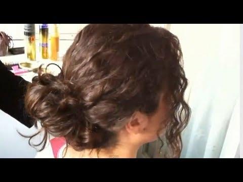 C mo hacer un peinado f cil y r pido para cabello rizado - Peinados faciles y rapidos paso a paso ...