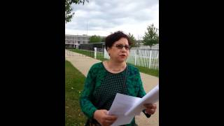 Soutien à Kemi Seba devant la prison de Fleury Merogis