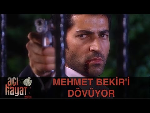 Mehmet, Bekir'i Döverek Malikanenin Önüne Atıyor - Acı Hayat 22.Bölüm
