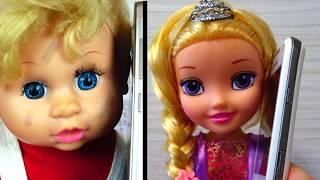 Куклы  собираются  на ВЕЧЕРИНКУ к Рапунцель