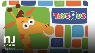 Got a Toys 'R' Us gift card? Use it soon. thumbnail