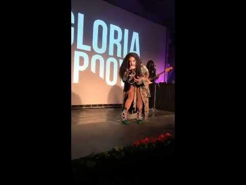 Pocket Show   Gloria Groove com participação de Leo Santana