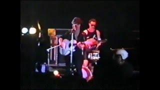 Виктор Цой (гр.Кино) - Война (Концерт в Уфе 8 апреля 1990)