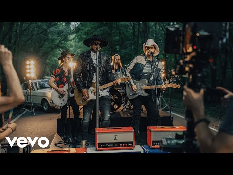 Jimmie Allen & Brad Paisley – Freedom Was A Highway