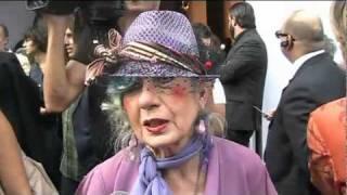 Intervista a Anna Piaggi - Alberta Ferretti Spring-Summer 2011 - Milan Women Fashion Week