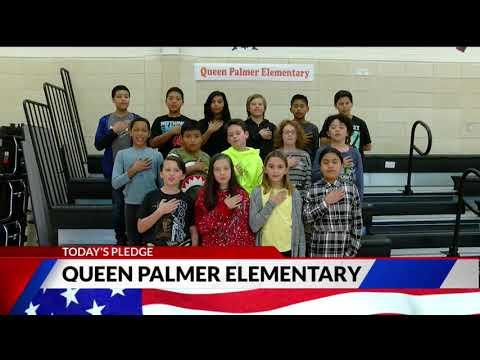 Queen Palmer Elementary School fifth grade Pledge of Allegiance