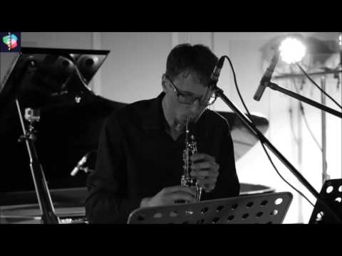 adrian mocanu - que muero porque no muero (2017) for clarinet and electronics