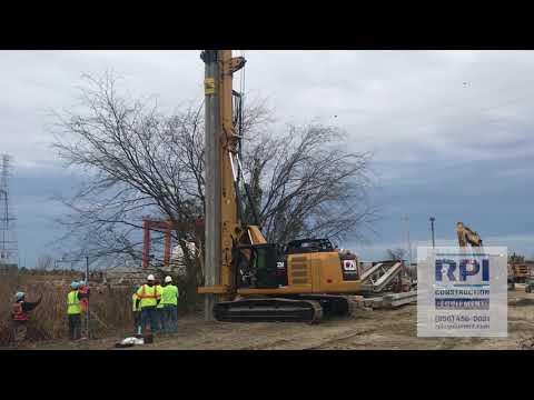CZM Pile Driving Rig. 40 Foot Concrete Pile.