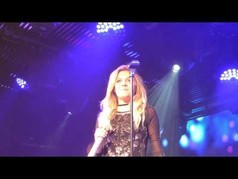 Kelsea Ballerini - Girl Crush/ I Hate Love Songs (HD) - Under The Bridge - 11.05.17